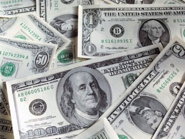 تحریک انصاف کے دور حکومت میں  قرضہ  12 ہزار ارب روپے بڑھ گیا