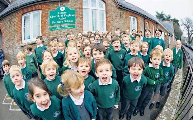برطانیہ میں اسکول کھولنے کا منصوبہ تیار