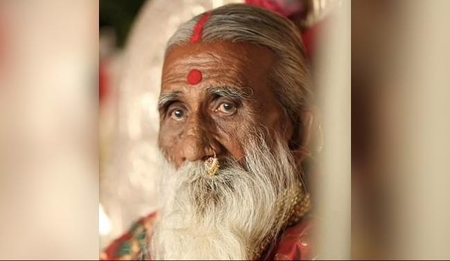 76سال سے پانی اور خوراک کے بغیر زندہ رہنے والا جوگی چل بسا