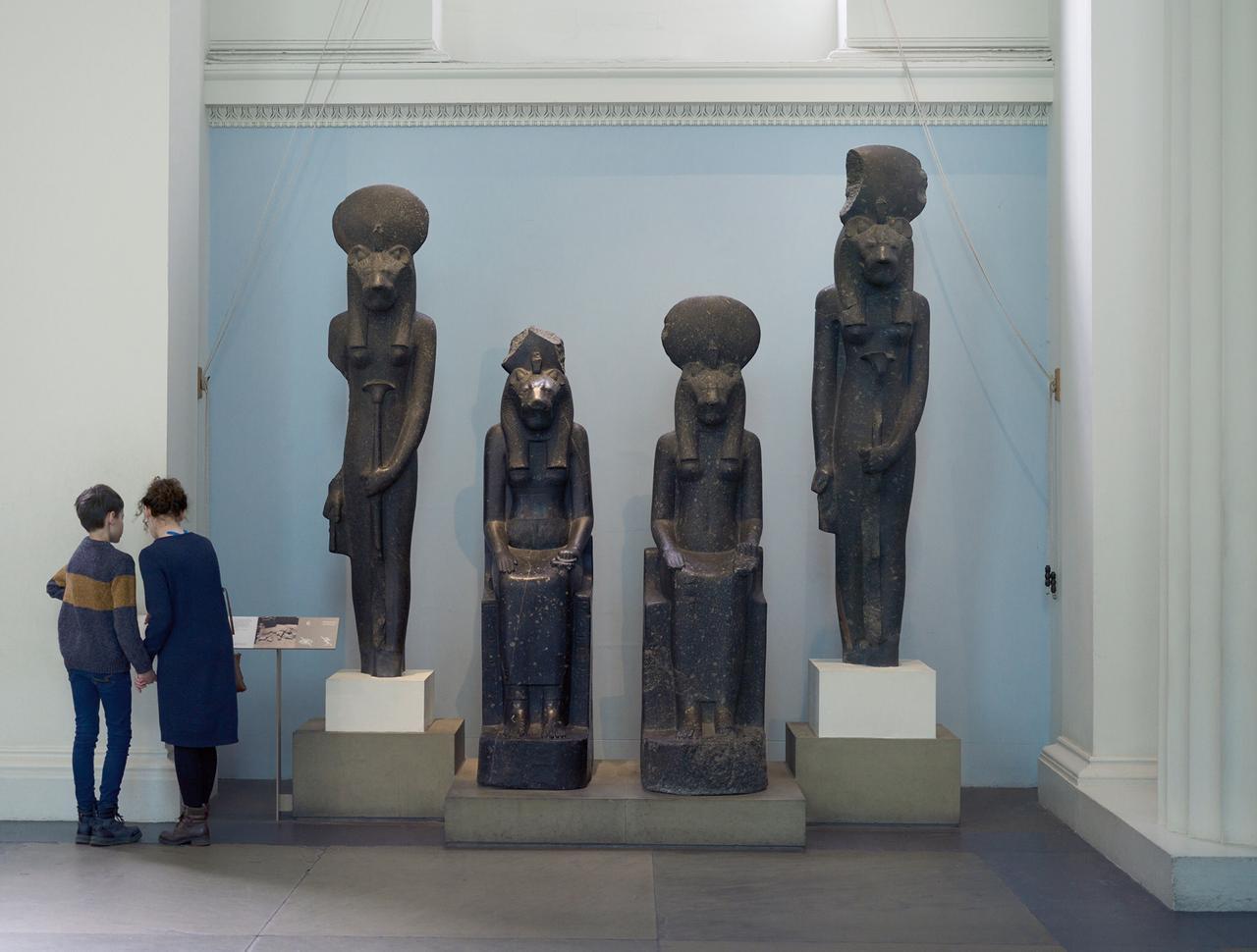 برطانوی عجائب گھر پر جنات کا قبضہ