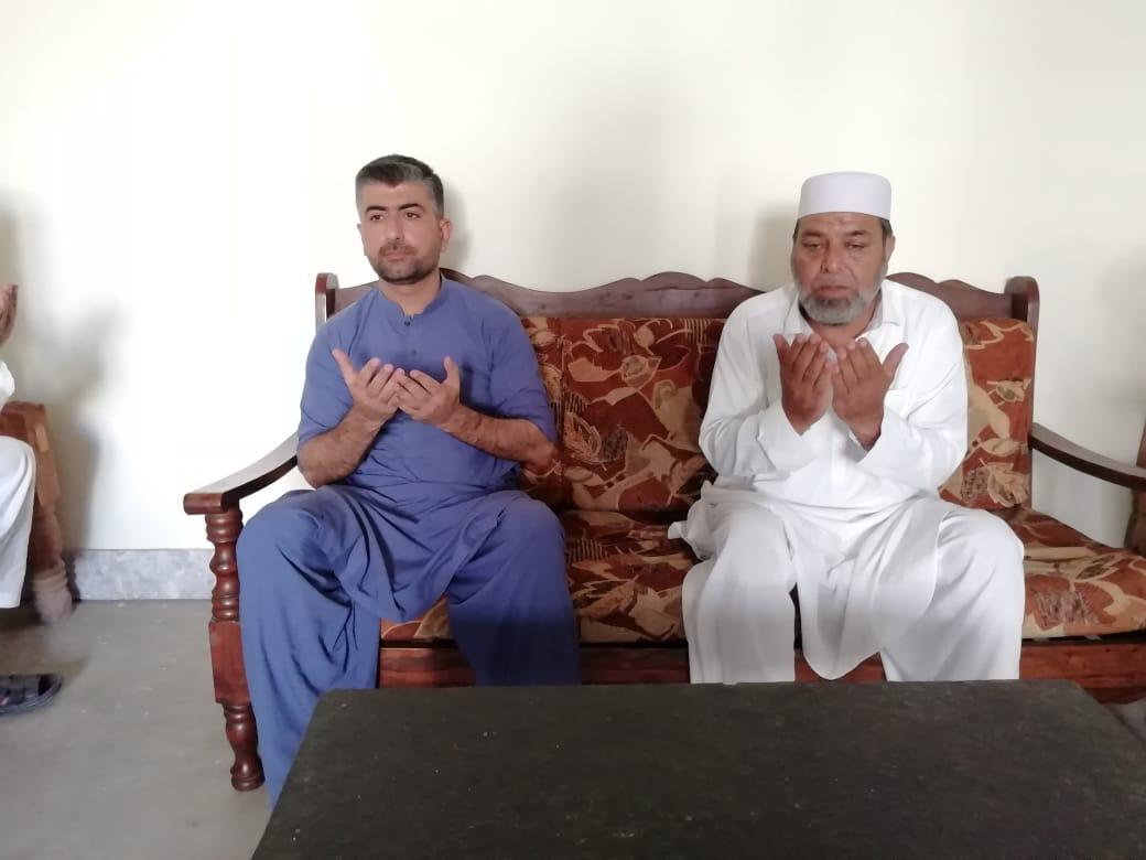 سیکٹر کمانڈر ایم ون نے خانواہ شہداء کے ساتھ عید منائی