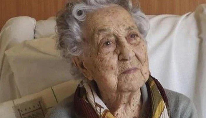 کورونا کو 113 سالہ خاتون نے شکست دے دی