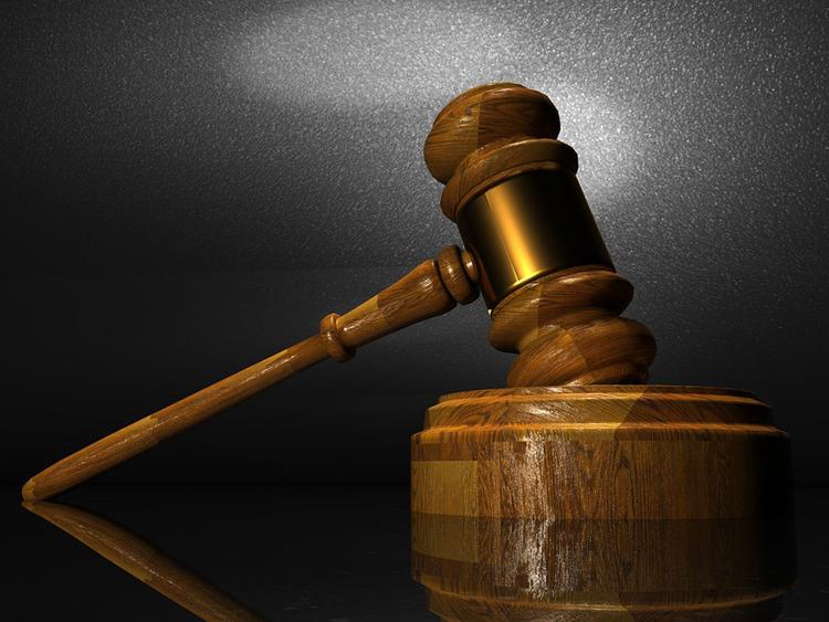 ای میل کا پاس ورڈ تبدیل کرنے پر شوہر کے خلاف مقدمہ