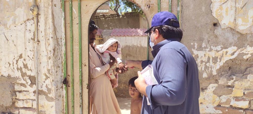 پولیو کے خلاف جنگ، پاکستان میں بچوں کو ویکسین کے قطرے پلانے کی مہم