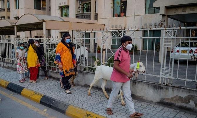 عید الاضحی پر کورونا وائرس کے پھیلاؤ کا خطرہ بڑھ گیا