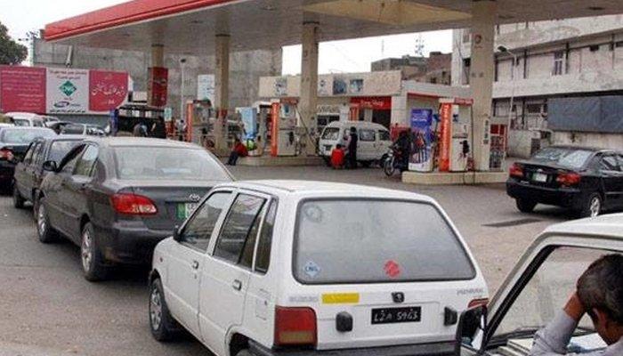 کراچی  کے لیے اچھی خبر، سی این جی اسٹیشنز پر گیس کی فراہمی بحال
